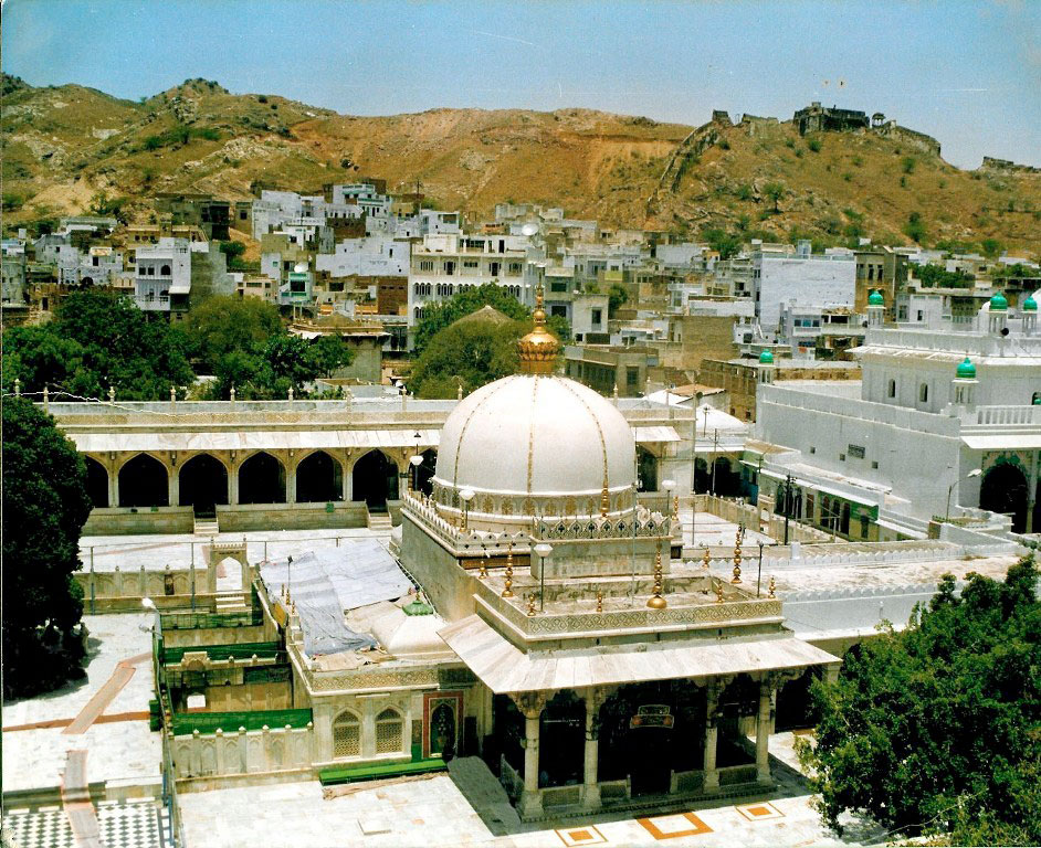 What to expect on a visit to ajmer sharif dargah rajasthan overview of dargah sharif in ajmer thecheapjerseys Image collections