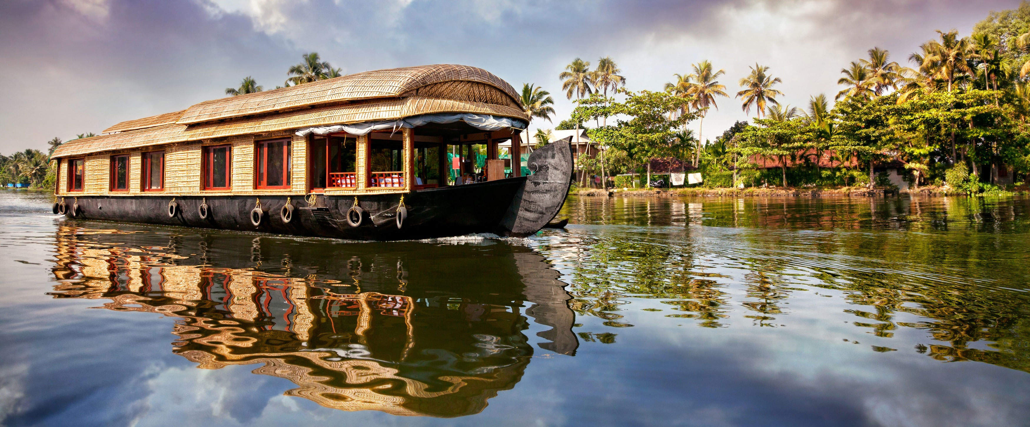 Kerala Backwaters Travel Guide
